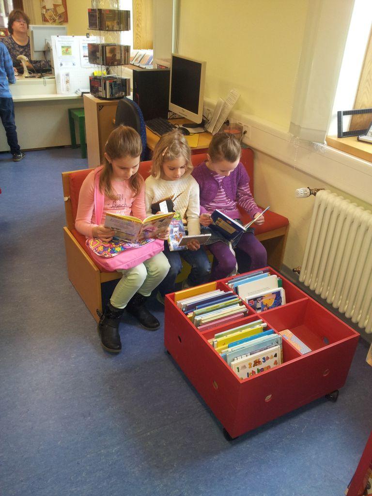 Besuch der Ortsbücherei